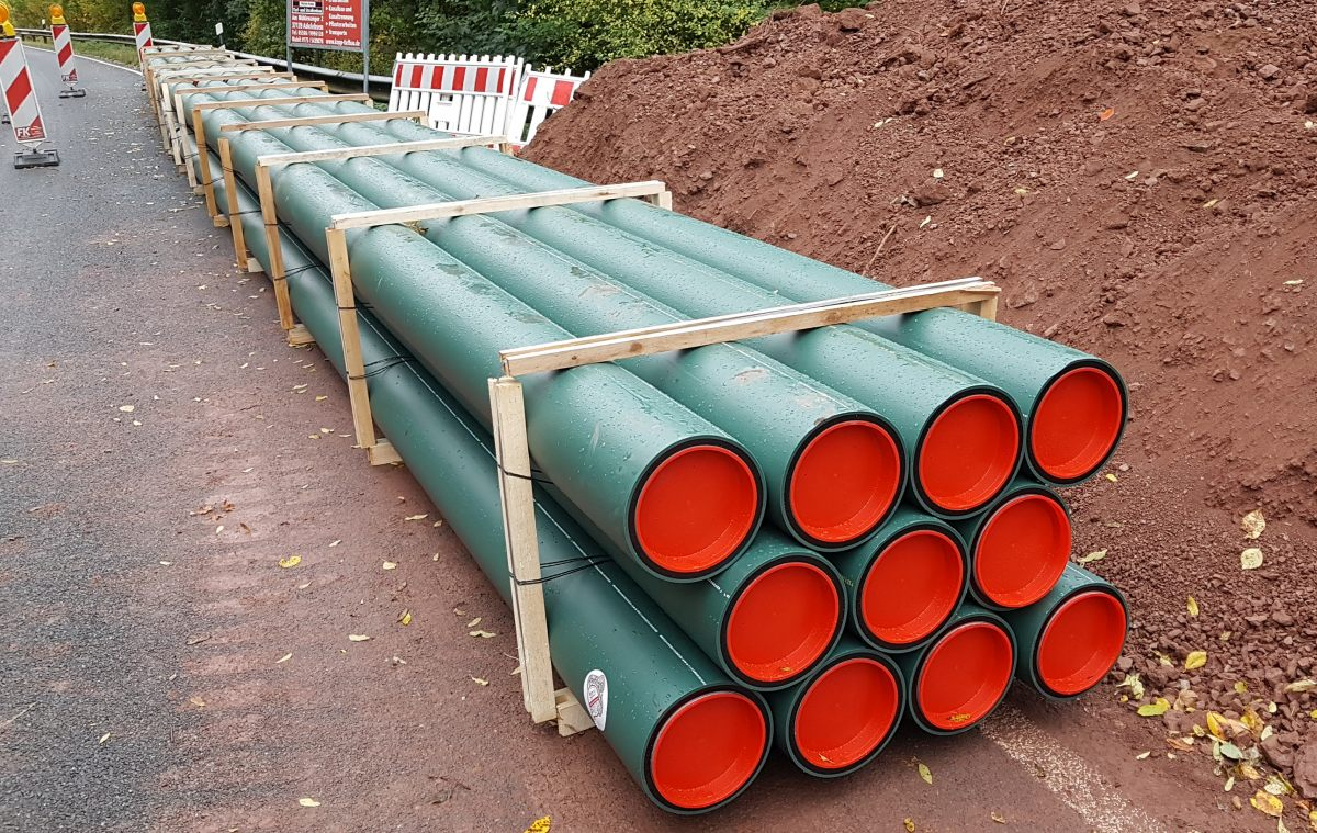 Schwerlastrohre für die Schmutzwasserdruckleitung